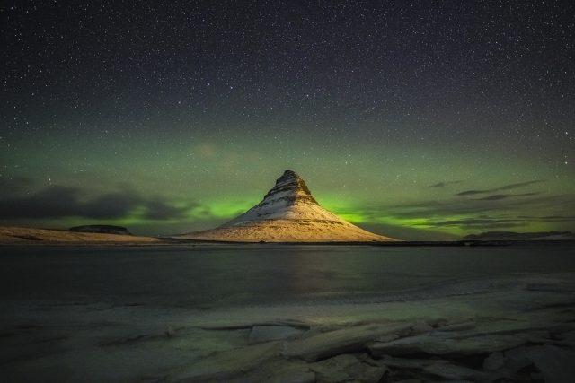 Geminid over Kirkjufell - Alison Smith